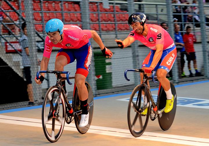 """Antonio Cabrera y Felipe Peñaloza: """"Creo que podemos darle una buena noticia al ciclismo nacional obteniendo una clasificación a los Juegos Olímpicos de Tokio 2020"""""""