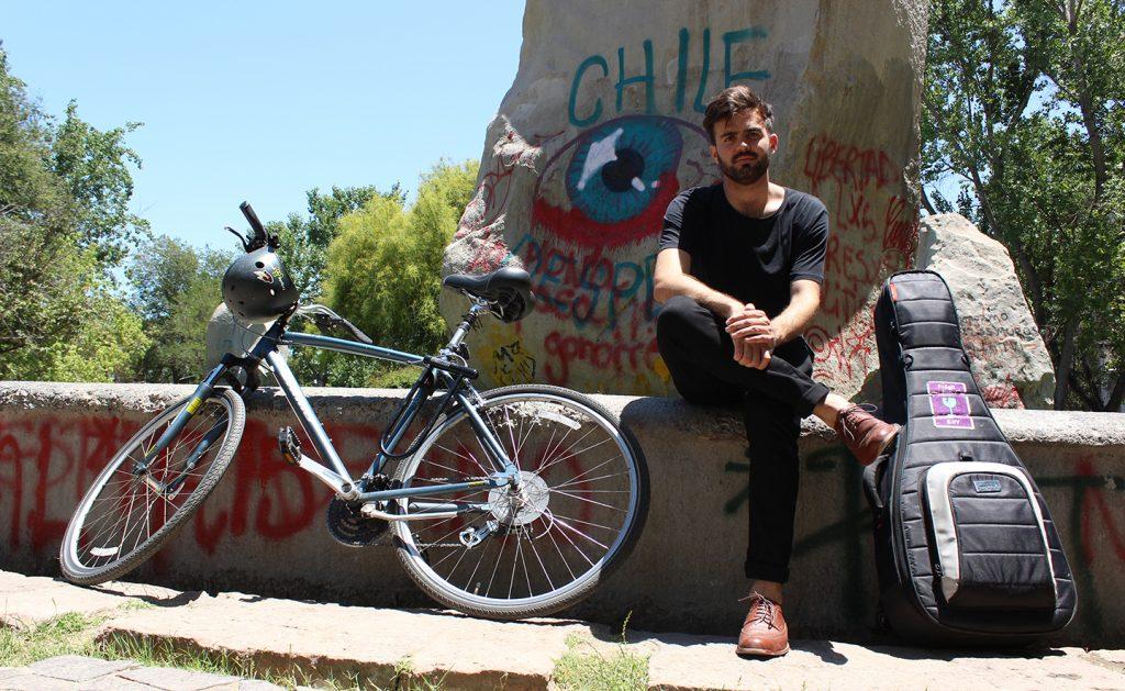 """""""A Santiago le hace falta un diseño vial que contemple a la bicicleta con la dignidad que se merece"""""""